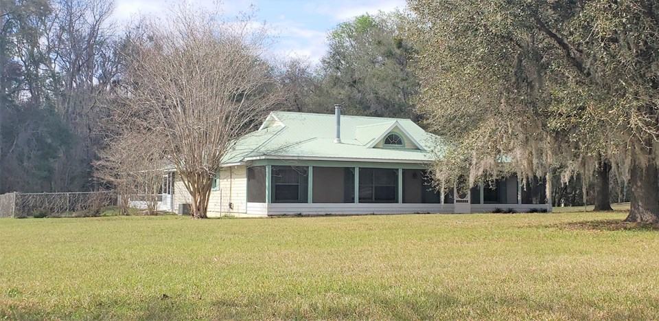 custom 4/3.5 pool home on 11 acres