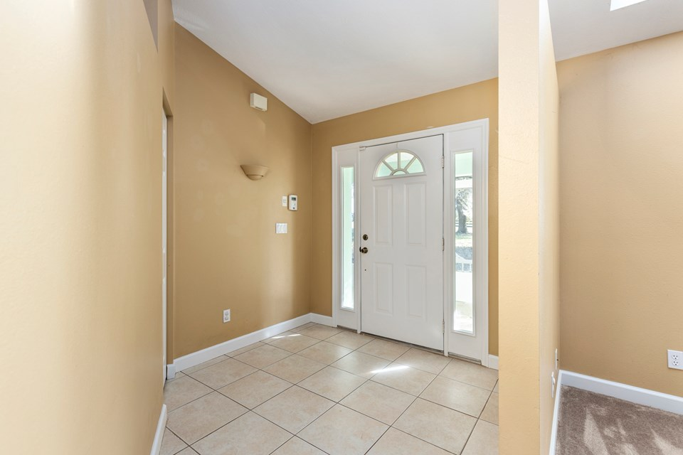 entry foyer & closet